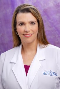 Dr. Elizabeth Whitaker, known as the Queen of Faces, has performed over 4,000 successful facelifts.