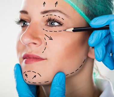 Someone You Can Trust: Choosing the Right Plastic Surgeon