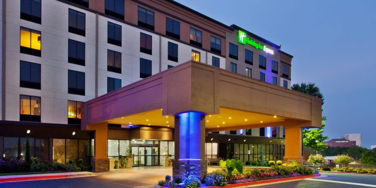 holiday-inn-express-smyrna-4097143895-2x1